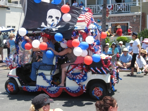 How Catalinians Celete July 4th. | The Lost World of Drfugawe on betty boop july 4th, golf cart decorating ideas, golf cart christmas sleigh,